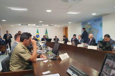 Coronavírus: Bolsonaro anuncia R$ 85,8 bilhões para Estados e Municípios