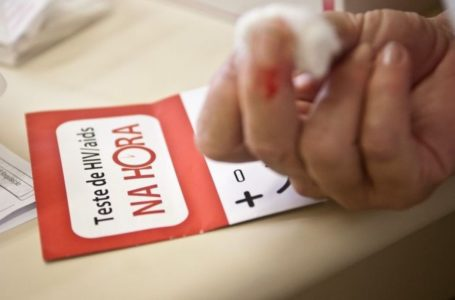 Homem do Reino Unido é o segundo curado de HIV no mundo