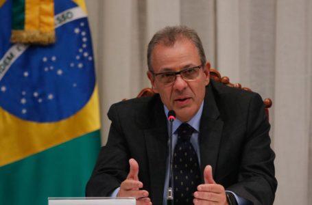 Coronavírus: presidente Bolsonaro afirma que ministro está contaminado