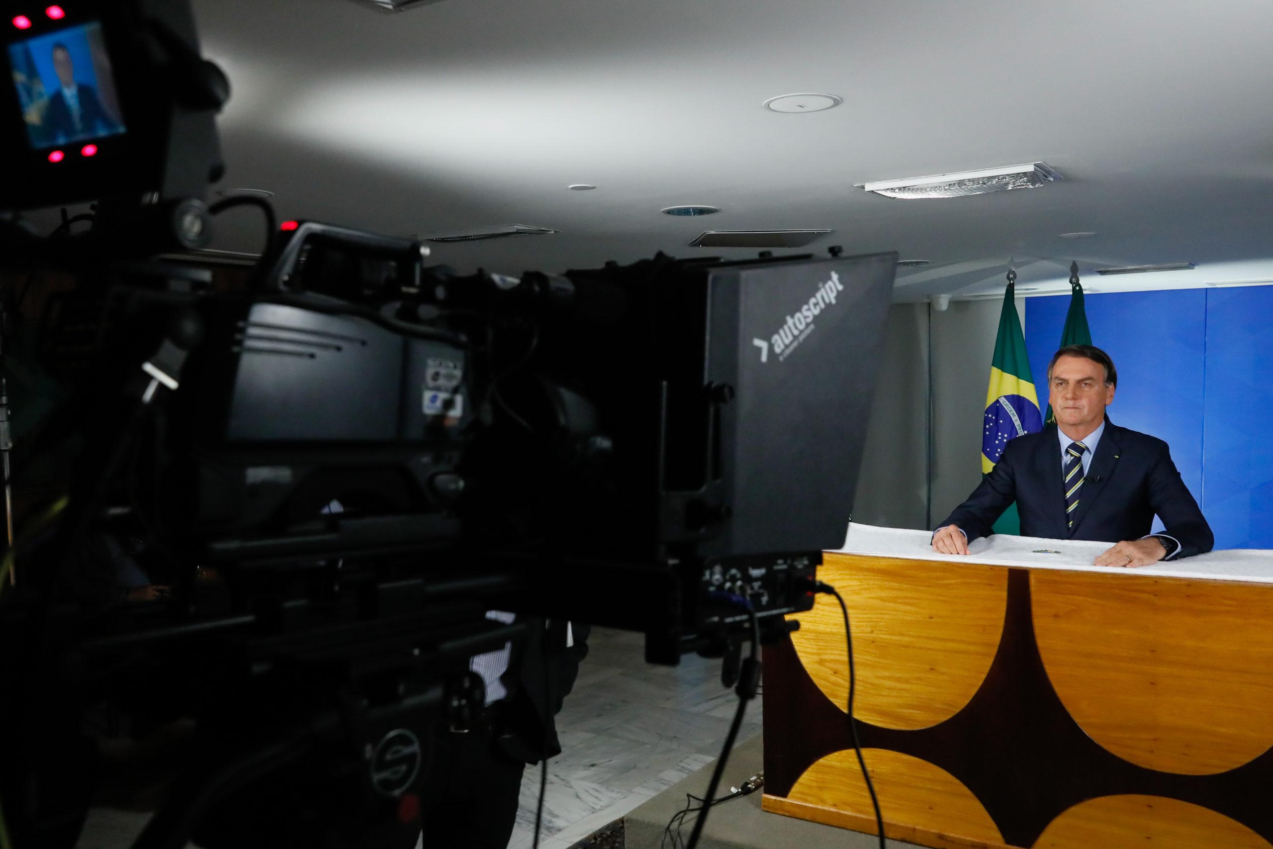 Coronavírus: Bolsonaro tem 42% de avaliação 'ruim' ou 'péssima' em abril