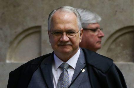 Fachin envia ao plenário do STF pedido da PGR para suspender inquérito das fake news
