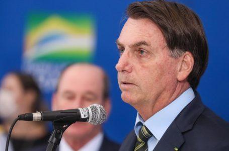Bolsonaro faz 'apelo' para governadores reverem política de isolamento