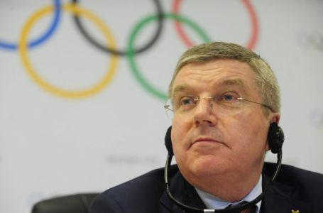 Olimpíada pode ser cancelada se pandemia não for controlada, diz presidente do COI