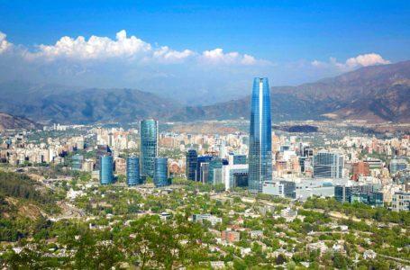 Coronavírus: Chile decreta lockdown em Santiago após explosão de casos