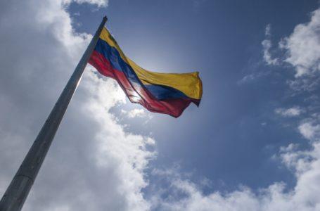 Governo tenta anular decisão que impediu expulsão de diplomatas venezuelanos
