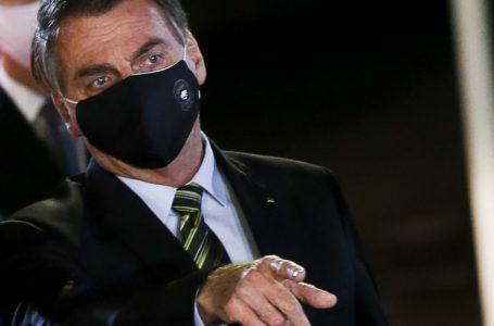 Bolsonaro diz que Weintraub não foi 'prudente' ao participar de ato