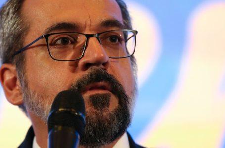Decreto retifica data de exoneração de Abraham Weintraub