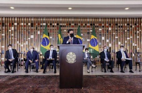 Mourão diz que governo federal estuda fortalecer órgãos ambientais