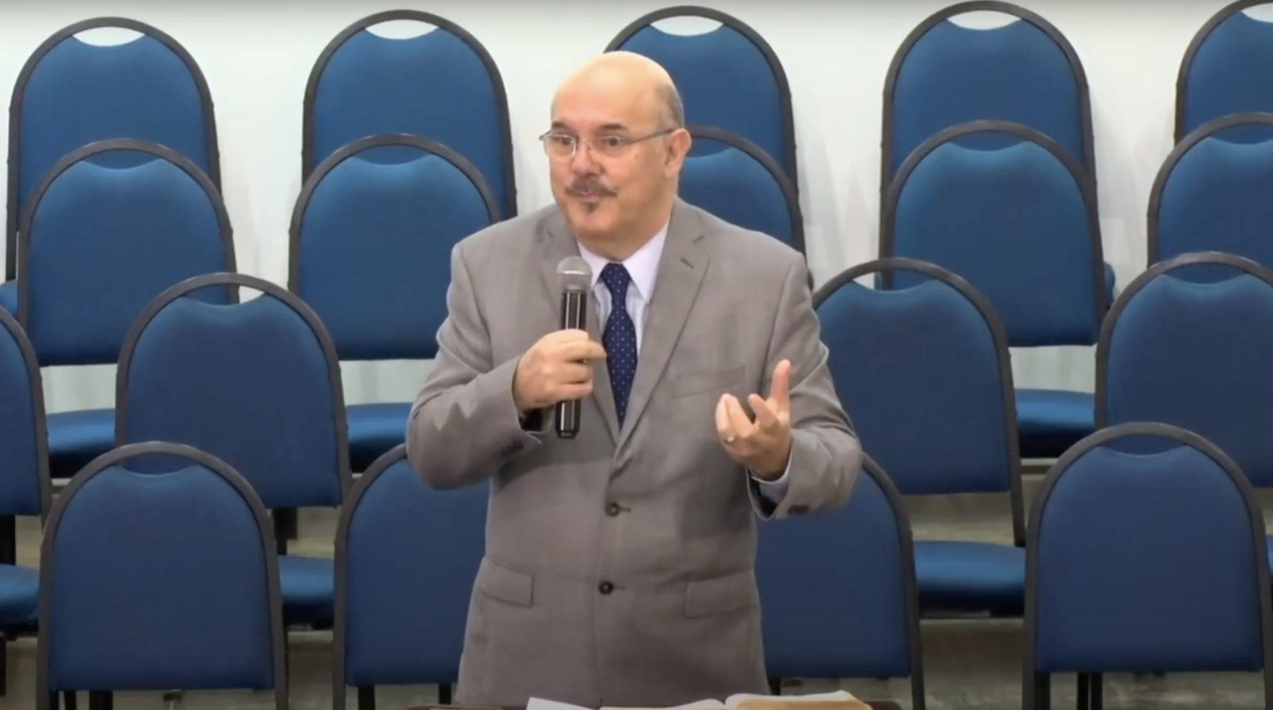 Milton Ribeiro aceita convite para ser ministro da Educação
