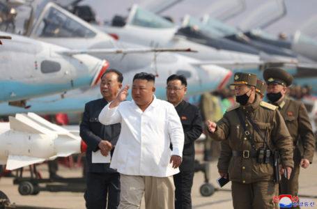 Coreia do Norte anuncia 'primeiro caso suspeito' de Covid-19 no país