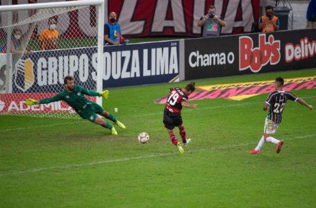 Flamengo vence o Fluminense no primeiro jogo da final do campeonato carioca