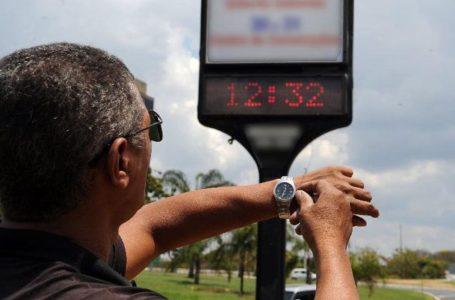 Governo Federal mantém recomendação para extinguir horário de verão