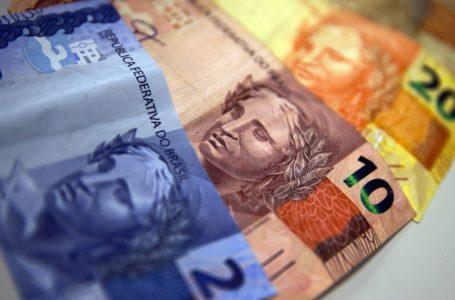 Endividamento aumenta entre famílias mais pobres em julho
