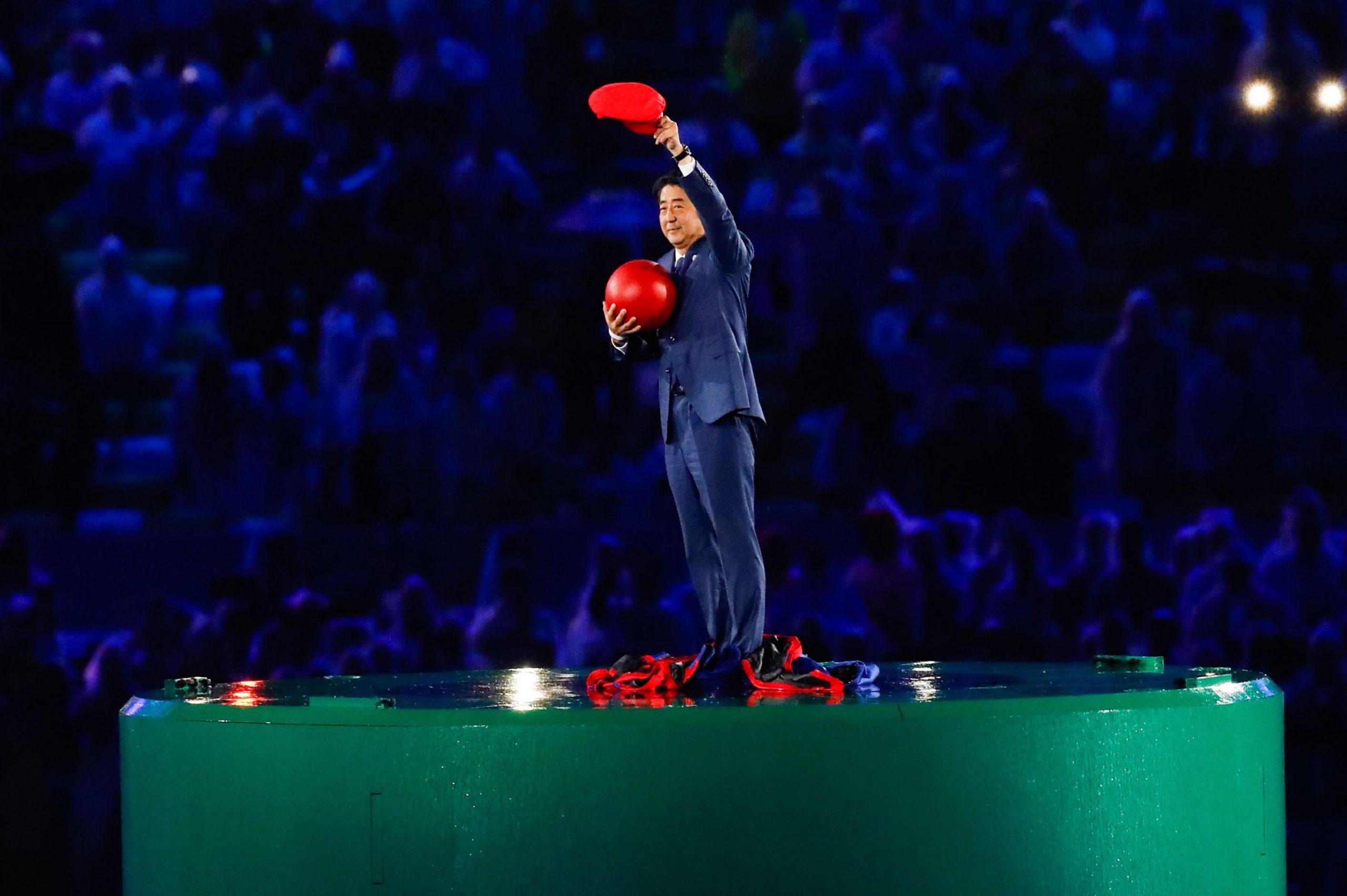 Premiê do Japão, Shinzo Abe, anuncia que irá renunciar ao cargo por problema de saúde