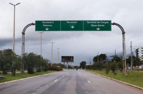 Bolsonaro sanciona com vetos lei que dá 12 meses para reembolso de passagem aérea