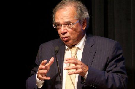 Governo terá de fazer corte de despesas para acomodar Renda Brasil no teto de gastos, diz estudo