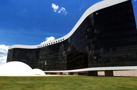 TSE: Moraes vota a favor de cotas do Fundo Eleitoral para negros