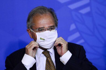 Paulo Guedes afirma que governo deve antecipar benefícios de aposentados