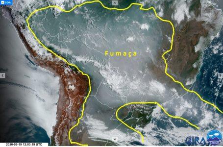 Fumaça das queimadas se estende e atinge países vizinhos