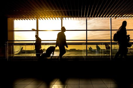 Mais de 700 mil pessoas devem movimentar os aeroportos brasileiros no feriado