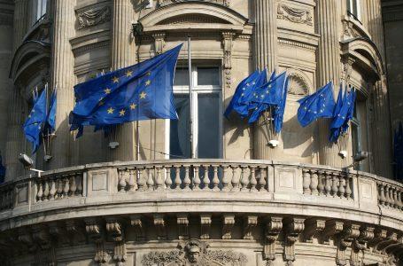 União Europeia pede reforma da OMS e novas abordagens para pandemias