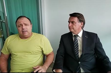 'É simples assim: um manda e o outro obedece', diz Pazuello ao lado de Bolsonaro