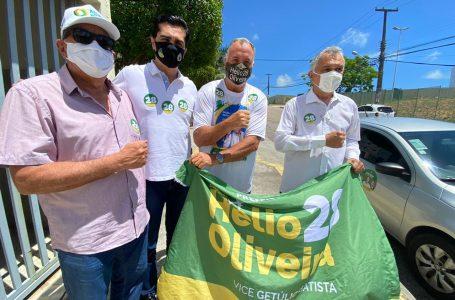 Coronel Hélio vota e destaca campanha sem dinheiro público
