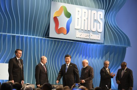 Bolsonaro participa nesta terça-feira de cúpula do Brics