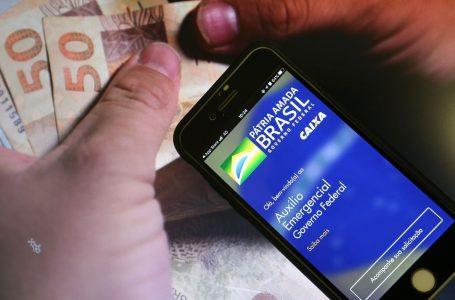 Caixa paga auxílio emergencial para nascidos em maio