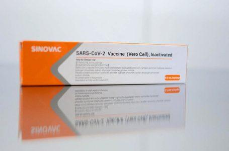 Ministério da Saúde espera receber insumos para Coronavac no dia 25 de maio