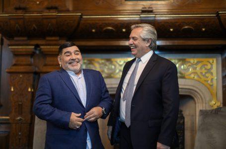 Presidente argentino decreta 3 dias de luto por Maradona: 'Foi o maior de todos'
