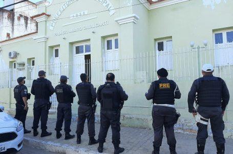 Operação do MP investiga esquema de fraudes em prefeitura de Jardim de Piranhas; secretário e vereador são presos