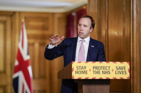 Reino Unido é o 1º país a aprovar vacina da Pfizer e diz que iniciará imunização em massa na próxima semana