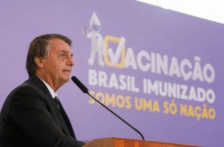 Bolsonaro envia carta à Índia pedindo urgência no fornecimento de vacinas