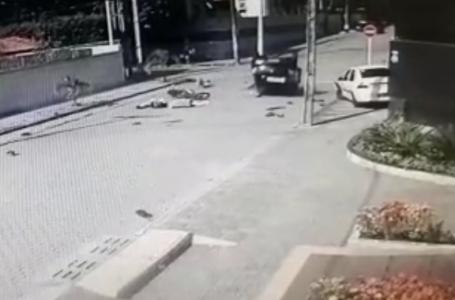 Colisão entre um carro e uma moto causa acidente grave em Capim Macio [VÍDEO]
