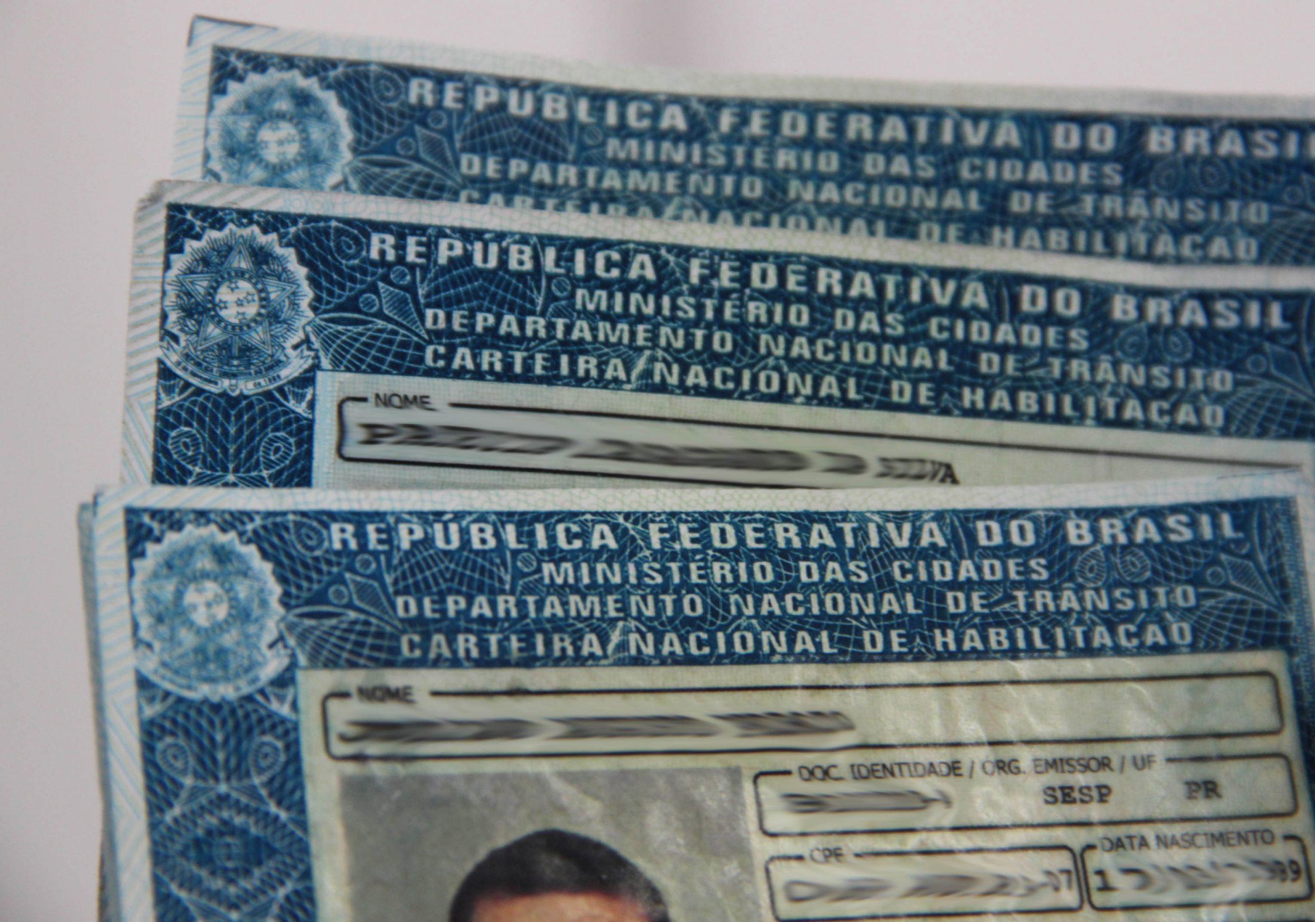 Governo do RN lança programa de concessão gratuita de carteira de habilitação