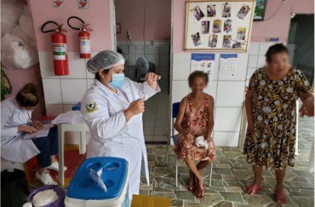 Covid-19: Natal finaliza a vacinação da 1ª dose em idosos residentes em Instituições de longa permanência