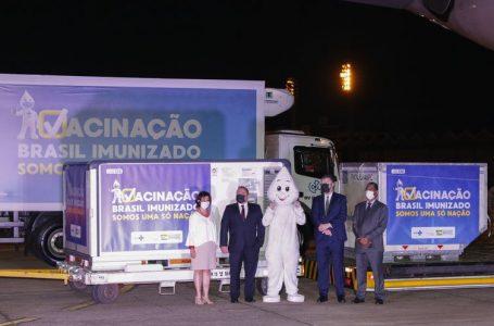 Fiocruz libera neste sábado distribuição de vacina aos estados