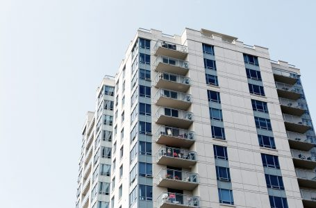 Agora é Lei: condomínios terão 180 dias para instalarem grades e telas de proteção em áreas comuns
