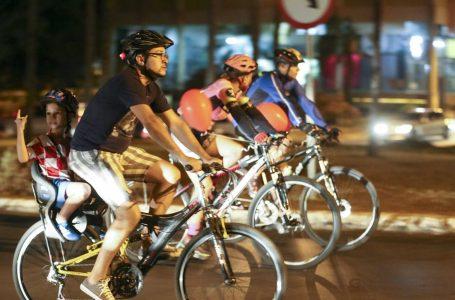 Bolsonaro anuncia redução no imposto sobre bicicletas após ano positivo do setor