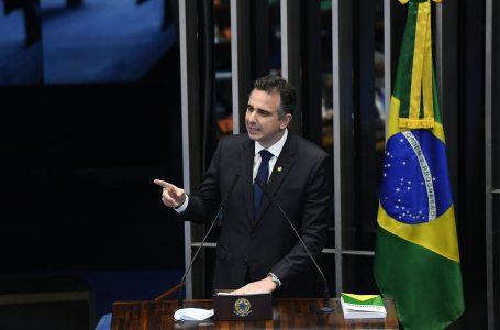 Rodrigo Pacheco (DEM) é eleito presidente do Senado com o apoio de Bolsonaro e dez partidos