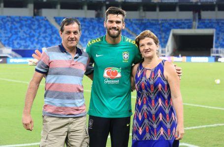 Pai do goleiro Alisson, da Seleção Brasileira, morre afogado em barragem