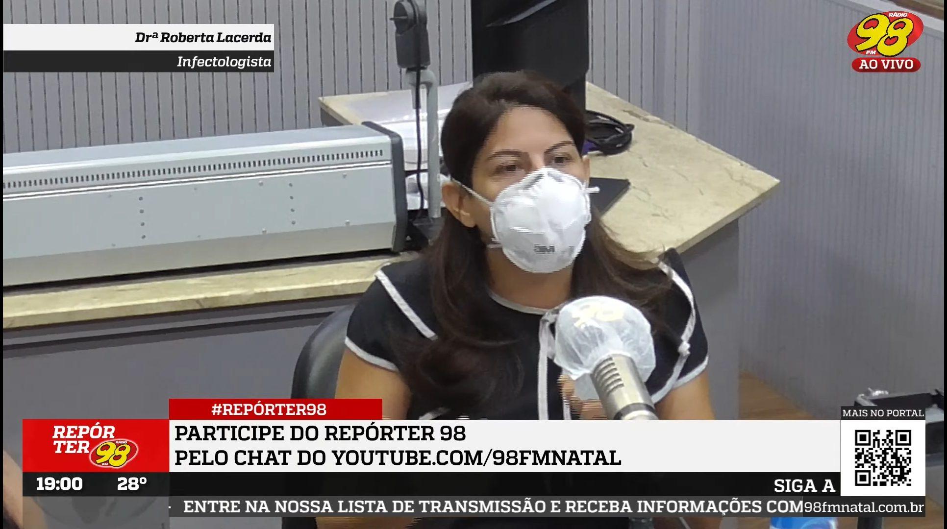 """""""A Ivermectina tem poder de parar a pandemia"""" diz infectologista Roberta Lacerda"""