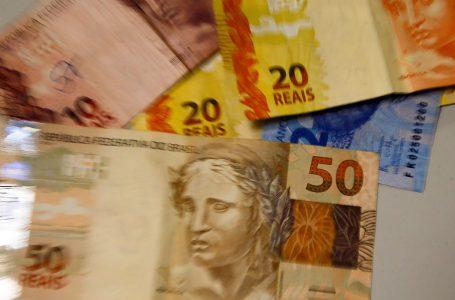 Percentual de famílias endividadas no Brasil chega a 66,5%, diz pesquisa