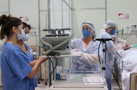 Governo federal requisita todo o estoque de medicamentos usados para intubar pacientes
