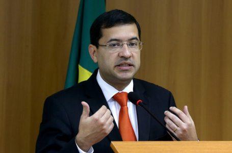 José Levi pede demissão do cargo de ministro da Advocacia-Geral da União