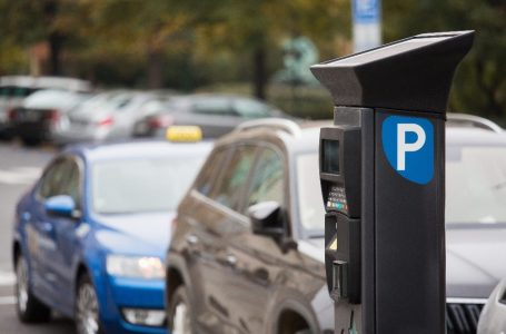 Parquímetros podem ampliar vagas de estacionamento no comércio de rua de Natal