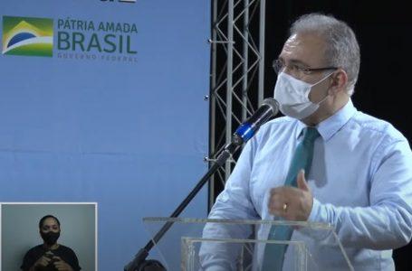'Reduziremos mortes com distanciamento', afirma novo ministro da Saúde