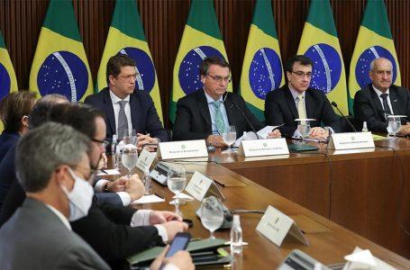 Bolsonaro corta verba para meio ambiente um dia após discurso na Cúpula do Clima