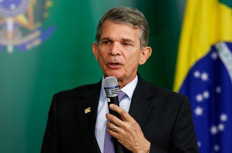 General Silva e Luna toma posse na Petrobras e diz que reduzirá instabilidade de preços